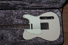 Fender Japan Classic 60s Telecaster Custom Vintage White E-Gitarre Koffer Gurt