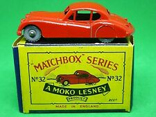 Matchbox Lesney No.32a Jaguar XK 140 In 'B2' Series MOKO Box (RARE ORANGE-RED)