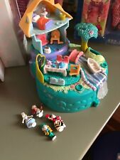 Rare Vintage Alice In Wonderland Polly Pocket 1996 Complete with all 4 figures!