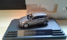 Mercedes A-Klasse BR176 monolithgrau Vitrinenmodell Herpa 1:87