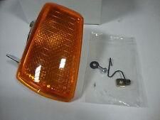Feu clignotant avant droit orange PEUGEOT 205 et GTi 1ere modele