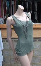 Nuevo con etiquetas Yummie Tummie magnífico modelado 2 capa Helecho Verde Top con cadenas fijas Talla S