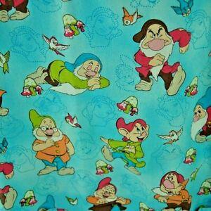 Snow White Scrub Top Women Sz Small Disney Seven Dwarfs Birds Blue