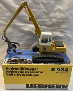 Conrad Liebherr Hydraulic Excavator R 934
