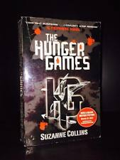 nalasbang THE HUNGER GAMES  BY SUZANNE COLLINS (TP)