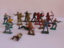 18 Assorted Plastic Toy Soldiers - Lone Star,Timpo,Britains,Cheri lea,Crescent
