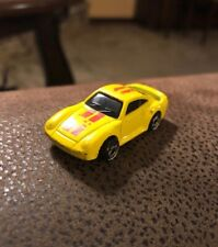 1987 Hot Wheels Porsche 959 Larry Wood Sports Car Micro Color Racers Yellow 1:87