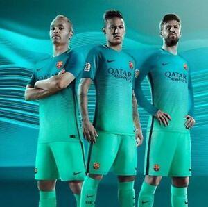 🔥 SMALL Nike 2016/17 FC Barcelona Vapor Soccer Mens Shorts Messi 776831-387 $90