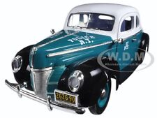 1940 FORD DELUXE COUPE NEW YORK CITY POLICE DEPARTMENT 1/18 BY GREENLIGHT 12972