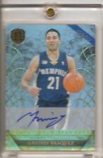 2010-11 Panini Gold Standard GREIVIS VASQUEZ Platinum On Card RC Auto /25 #235