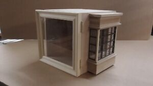1/12th Dolls House Room Box with Square window & Glazed Picture Frame Opening