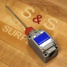 Yamatake Honywell 8LS-J54 Micro Limit Swich,  0.1A-125Vac, 0.1A-30Vdc. - USED