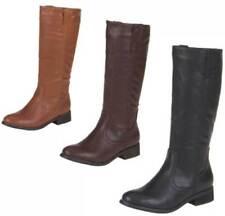 Markenlose Stiefel mit Reißverschluss