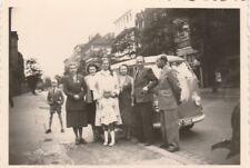 Foto Familie vor VW Bulli T1 Auto Oldtimer 50er Jahre