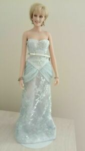 PRINCESS DIANA W/TRUNK  THE GREAT AMERICAN DOLL COMPANY RARE ARTIST PROOF