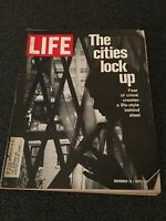 LIFE MAGAZINE NOVEMBER 19, 1971 THE CITIES LOCK UP GOOD CONDITION