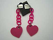 Mode-Ohrschmuck im Hänger-Stil aus Kunststoff mit Herz-Schliffform
