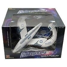 Pegasus Hobby 9904 1:1400 Galaxy Quest NSEA Protector Spaceship Assembled