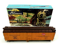 Vintage Athearn HO Milwaukee 50' mechanical Reefer # 1620 C-9 originial Box