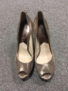 Michael Kors Ladies Gold Peep Toe Shoes