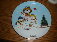 2002 Partylite - Collectible - Snowbell Plate - Christmas - Holiday - Snowman