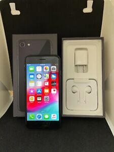 Apple iPhone 8 64GB AT&T A1905 - Space Gray