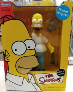 PLAYMATES, THE SIMPSONS, FACES OF SPRINGFIELD, DELUXE HOMER SIMPSON FIGURE (F23)
