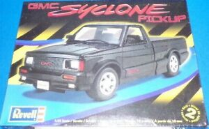 Revell GMC Syclone Pickup model kit
