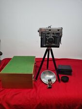 Saint press camera