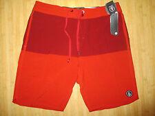NEW* VOLCOM MENS 34 BOARDSHORTS SHORTS $60 Retail Swimsuit Red Static Block