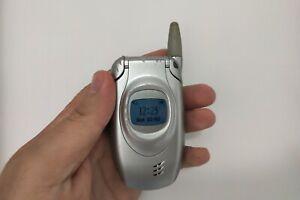 Samsung SGH-T100 Silver (Unlocked) Mobile phone simple basic classic flip elders