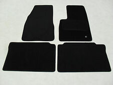 Jeep Grand Cherokee 2005-2010. Fully Tailored Deluxe Car Mats in Black.