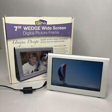 """GiiNii 7"""" Wedge Wide Screen Digital Picture Frame"""