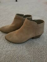 G.H. Bass Sand Suede Ankle Boots Nina Zip Womens 7M Stacked Heel Gently Worn
