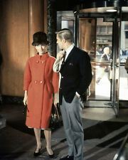 BREAKFAST AT TIFFANY'S AUDREY HEPBURN GEORGE PEPPARD IN STORE 8X10 PHOTO