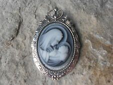 2 IN 1 - VIRGIN MARY AND BABY JESUS CAMEO BROOCH- PIN/PENDANT - MOTHER BABY - GR