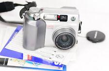 Olympus CAMEDIA C-4000 Zoom 4.0MP Digital Camera (2460BL)