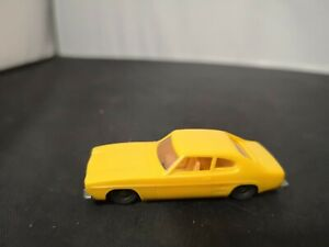 P904-TRIANG LIMA FORD CAPRI IN YELLOW
