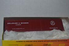 Roundhouse 12012 Deleware & Hudson D&H 50' box car  Ho scale kit