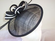 Fascinator / Hat / Derby - Black and White /  Races  / Special Occasion
