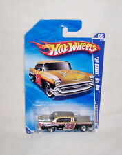 Hot Wheels 2010 HW PERFORMANCE '57 Chevy Bel Air 5/10 R7528