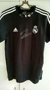Cristiano Ronaldo genuine autographed  jersey