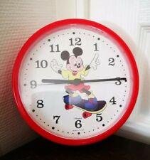 Horloge Murale MICKEY Avec Son Skateboard Disney Quartz 21 Cm
