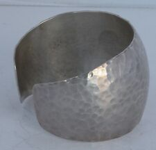 Navajo Native American Douglas Etsitty hand Hammered Sterling Silver Bracelet