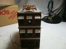 BELVEDERE HOTEL- 3 STORY BLDG. LIGHTED INTERIOR. H.O  SCALE EXCELLENT.