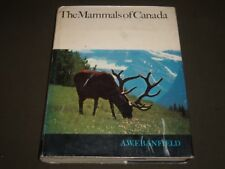 1974 THE MAMMALS OF CANADA BY A. W. F. BANFIELD HARDCOVER BOOK - I 607