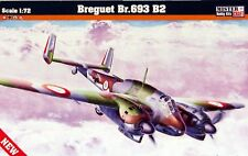 Breguet Br.693 B2 French WWII bomber, plastic model kit 1/72 scale ex Heller