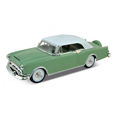 Welly – Nex Models – 1/24 Scale 1953 Packard Caribbean Diecast Model Replica