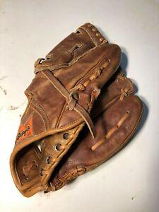 MacGregor Hank Aaron 715 Right handers glove