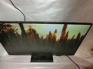 "LG 43UN700-B 43"" 4K UHD IPS USB-C HDR 10 Monitor, Built-in Speakers"